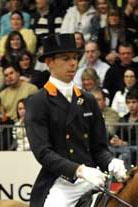 Hans Peter Minderhoud vant alt han deltok i, inkludert kveldens kür hvor han ble nummer 1 og 2 med hingstene Florencio og Tango. (Foto: Kit Houghton/FEI)