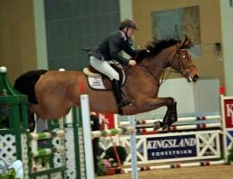 Stein Endresen på hesten Bakkely's Aset (e. Aston), som han konkurrerte i 7-årsklassen senere på dagen.
