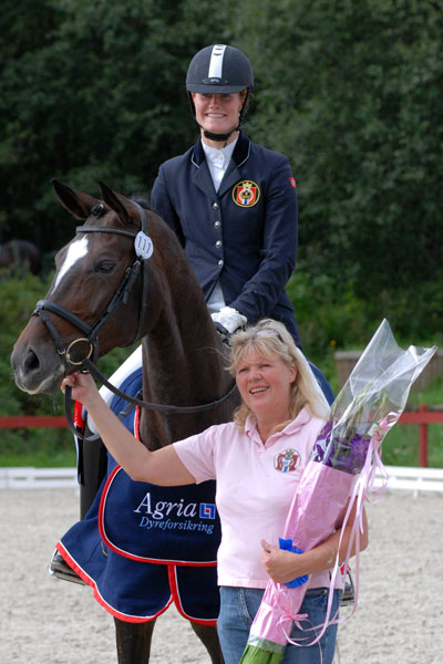 Gevelts Donna Tella vant NBT for 6-åringer. Her med eier Rannvei Gevelt.