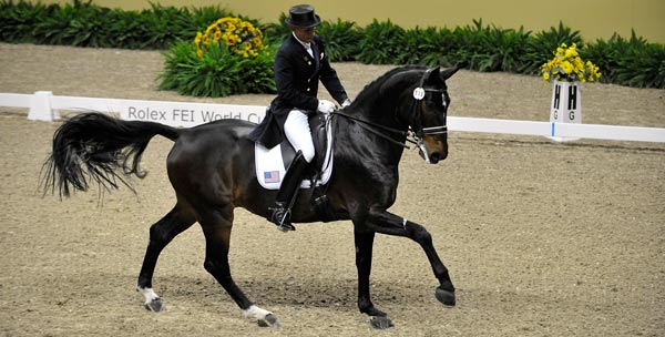 Steffen Peters og Ravel (foto: Kit Houghton/FEI).